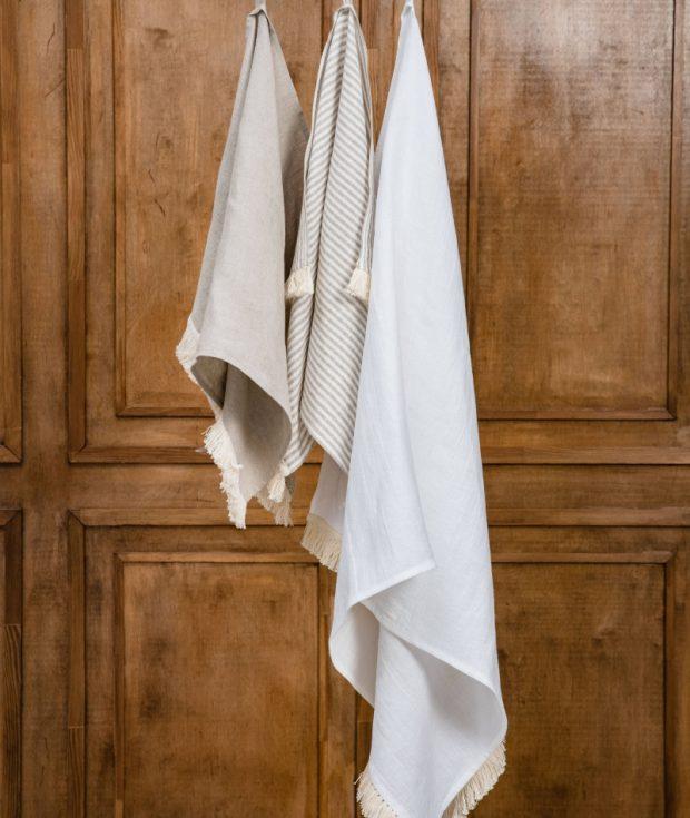linen bath towel
